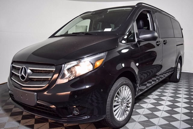 New 2018 mercedes benz metris passenger 4d passenger van for 2018 mercedes benz metris redesign